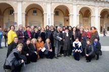 Liepos su festivalio prezidentu don Lamberto Pigini (ponas su baltu šalikėliu)